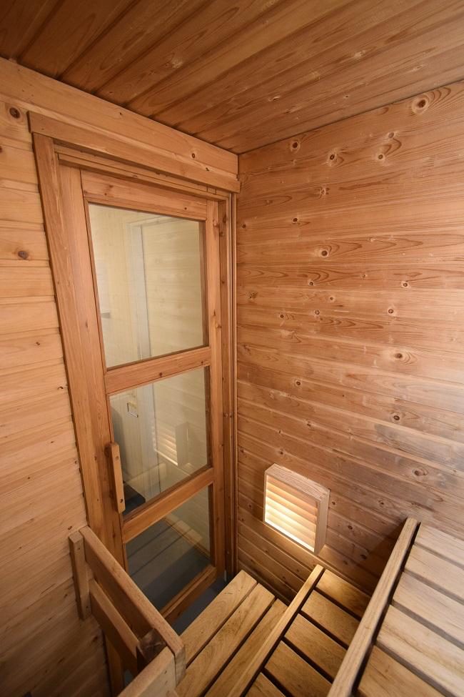 Kiinteistön siisti sauna